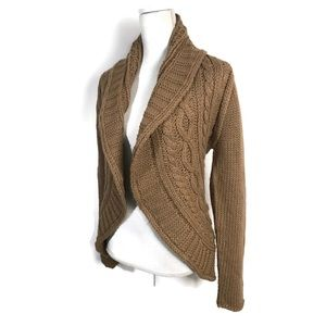 Carmen Marc Valvo Cardigan Brown cozy chunky